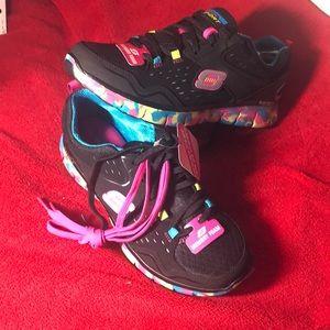 Size 8.5 Skechers NWT Sport memory foam women's